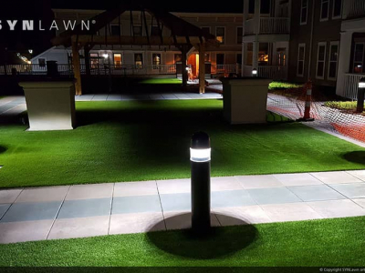 SYNLawn-artificial-grass-commercial-condo-apartment-courtyard-at-night