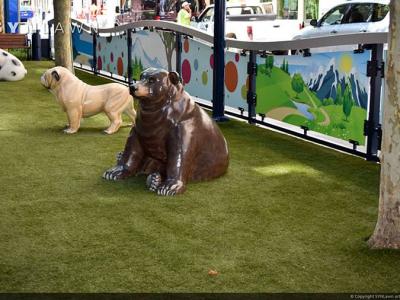 SYNLawn-artificial-grass-pets-city-dog-walk-park